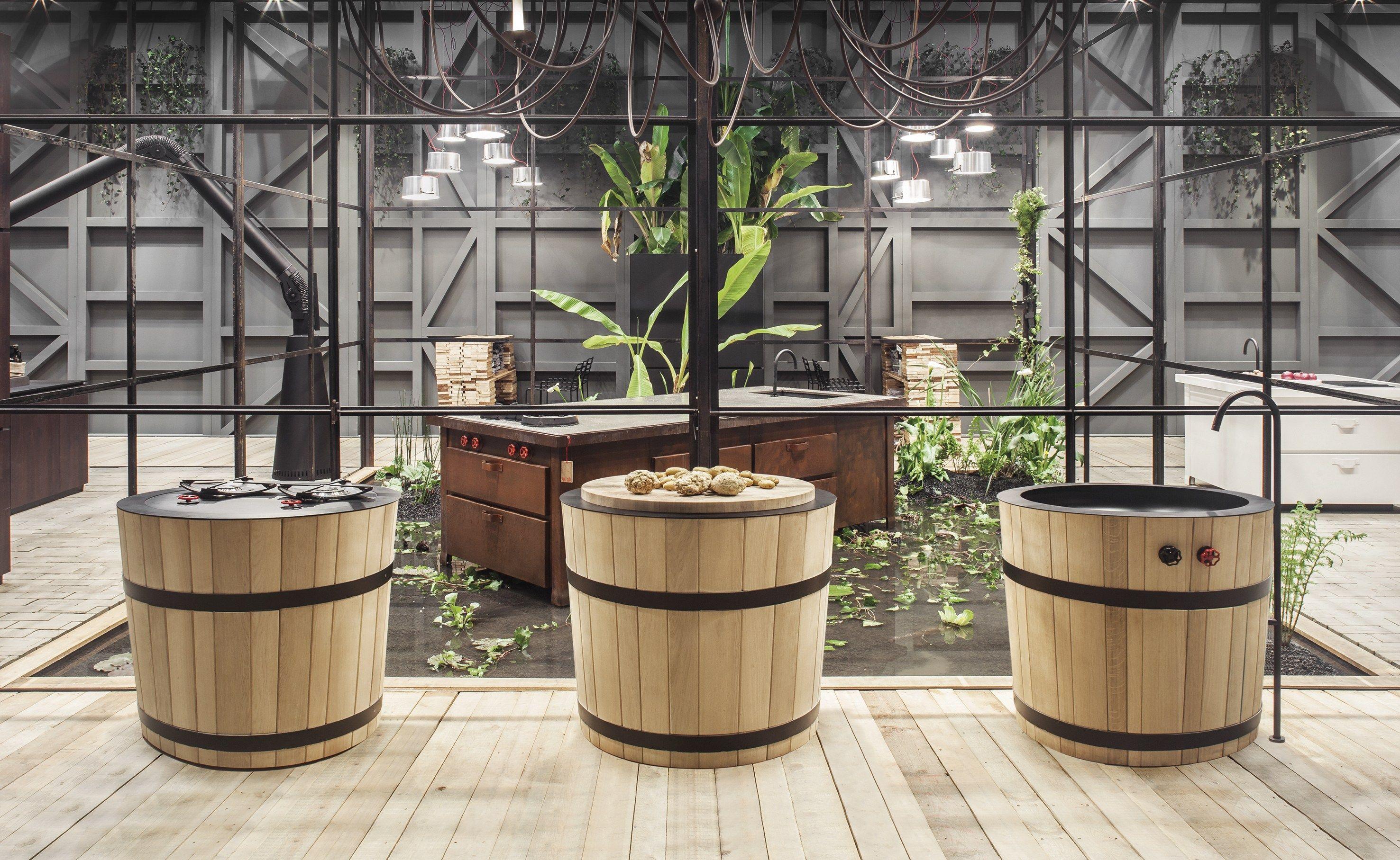 Cucina Con Piano Cottura In Vetro : Cucina con piano cottura in vetro.
