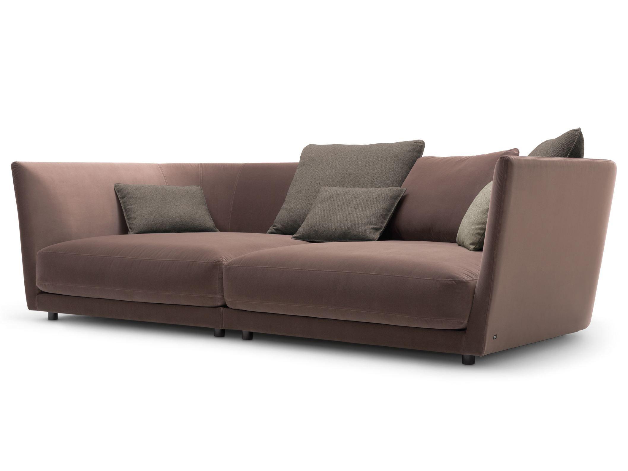 Tondo divano in velluto by rolf benz design sebastian labs for Divano tondo