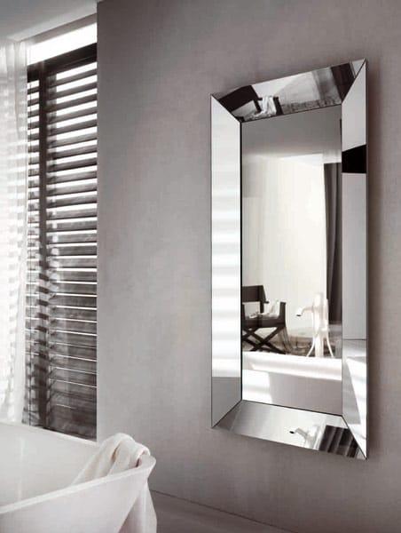 Trapezio specchio da terra collezione trapezio by riflessi for Specchio girevole da terra