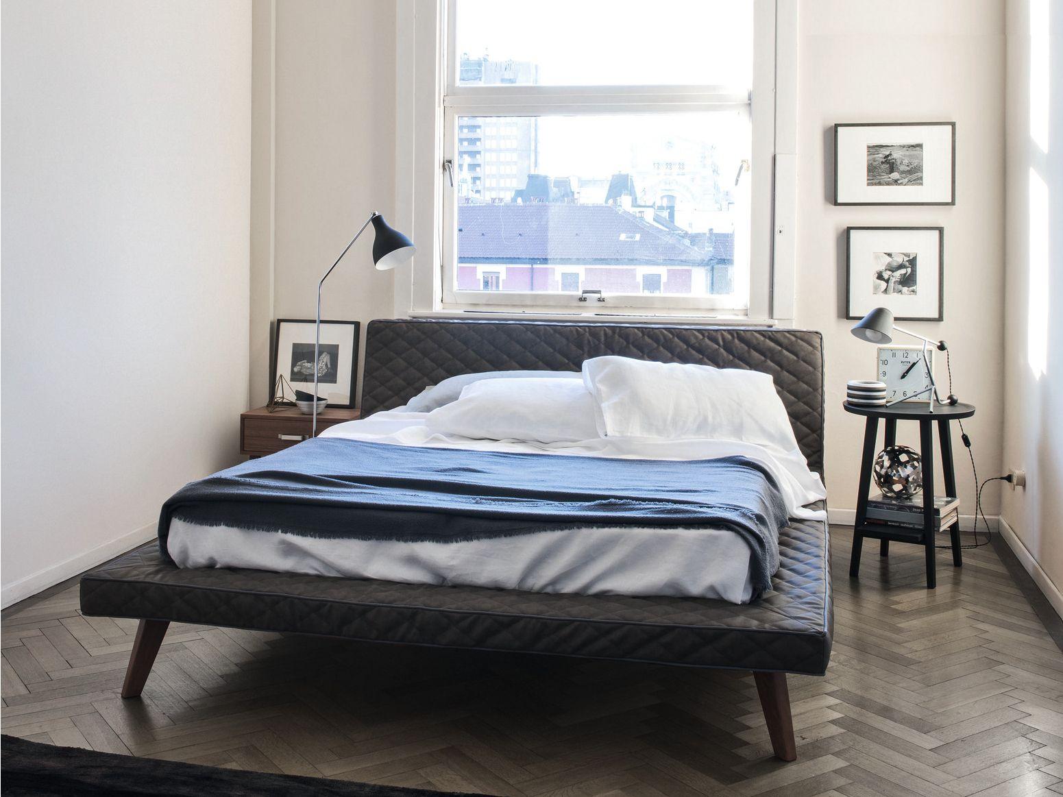 lit double en tissu avec rev tement amovible avec t te. Black Bedroom Furniture Sets. Home Design Ideas