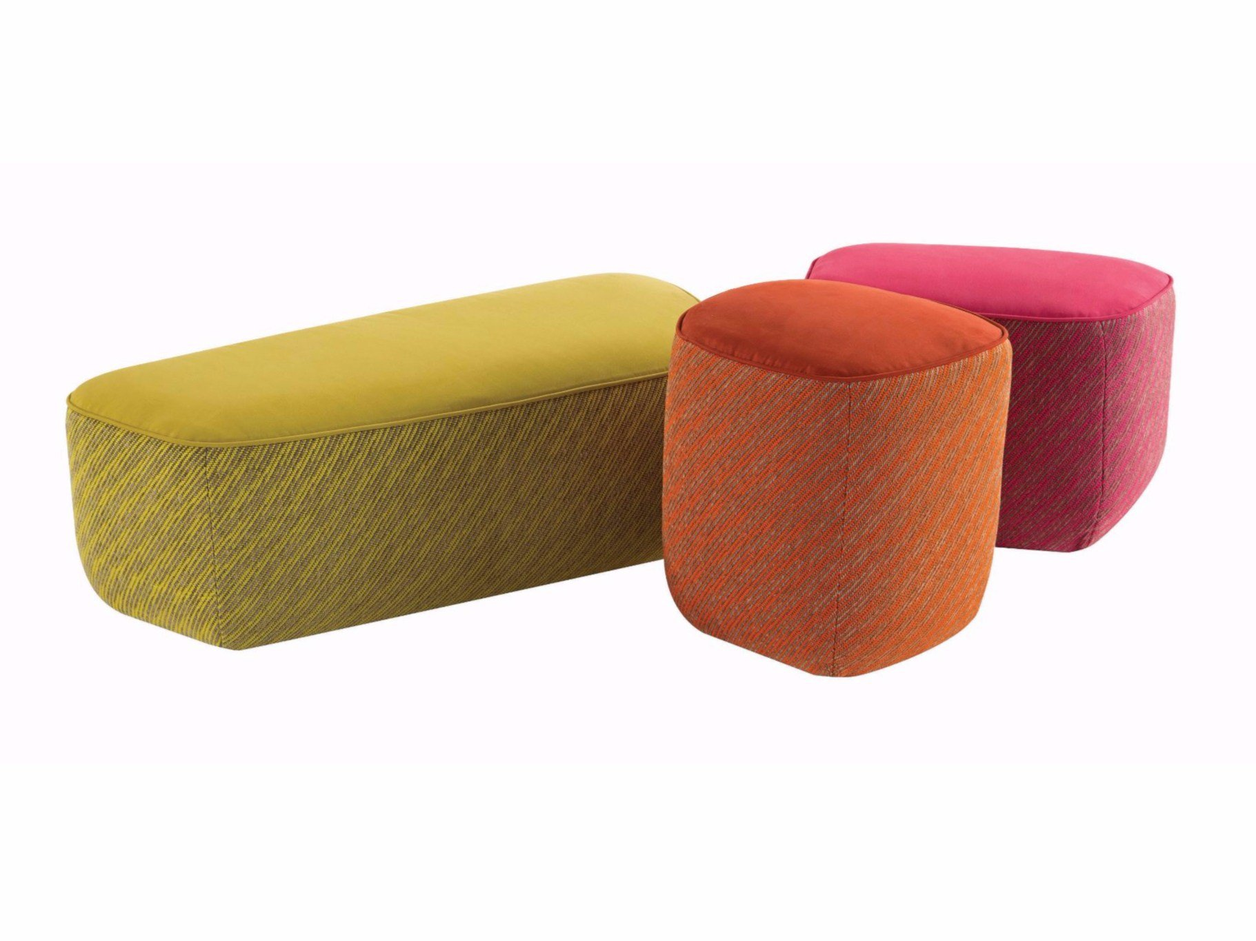 trilogie pouf en tissu by roche bobois design sacha lakic. Black Bedroom Furniture Sets. Home Design Ideas