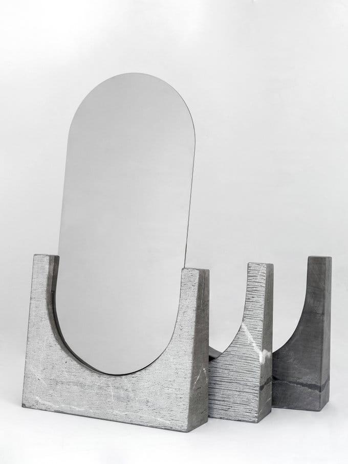 Specchio da appoggio ovale in marmo vuoti riflessi collezione la casa di pietra by gumdesign - Specchio da appoggio ...