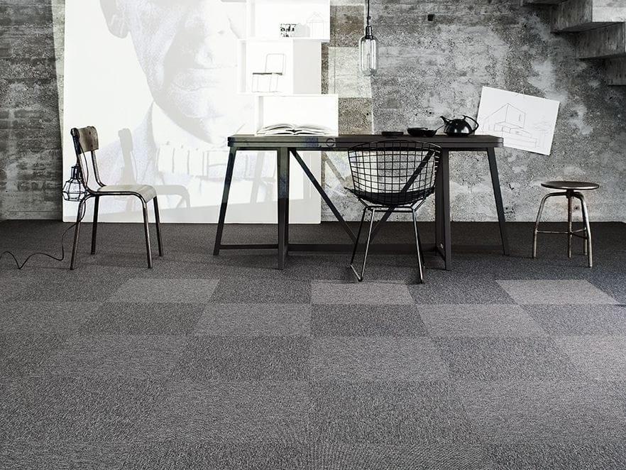 Feuerfester Teppichboden aus synthetischer Faser WEB PI