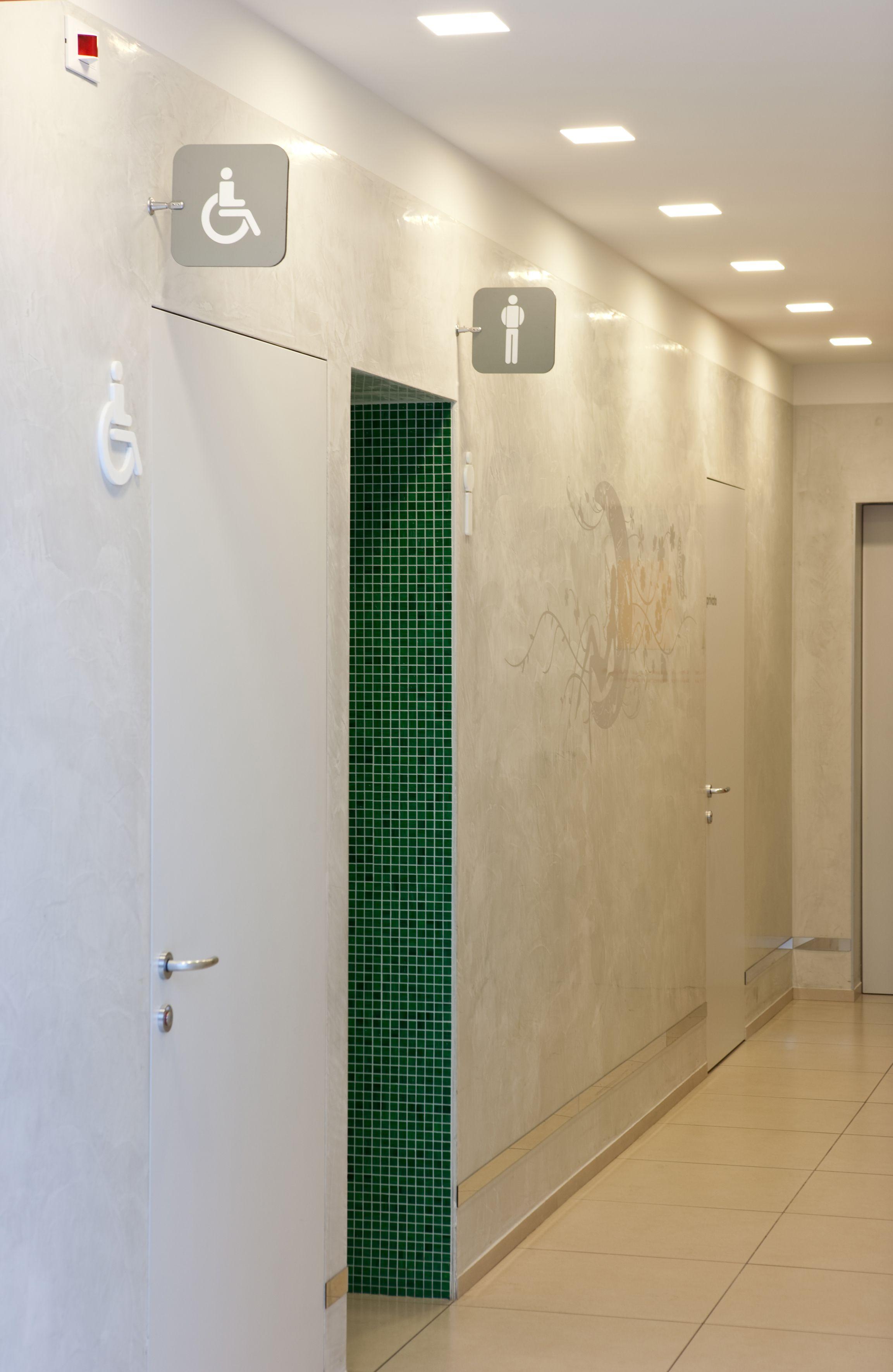 Faretti Moderni Led: Faretti gesso nobile: porta faretto in gesso lampada a p...