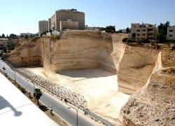 Amman: al via i lavori per il 'Living Wall' di Norman Foster