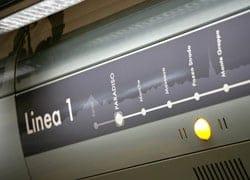 Torino copre gli accessi delle stazioni della metropolitana