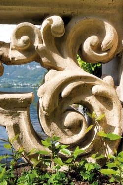 Restauro delle balaustre ottocentesche di Villa Balbianello