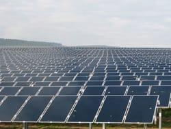 Conergy connette a rete il terzo impianto fotovoltaico a film sottile più grande del mondo