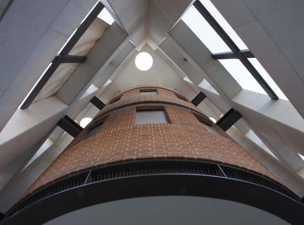Tassullo: naturalità dei materiali in un complesso residenziale a Thiene