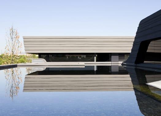 Alle porte di Madrid la casa-scultura di A-cero