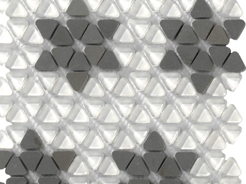 Varie forme e materie nella collezione Dialoghi di MOSAICO +