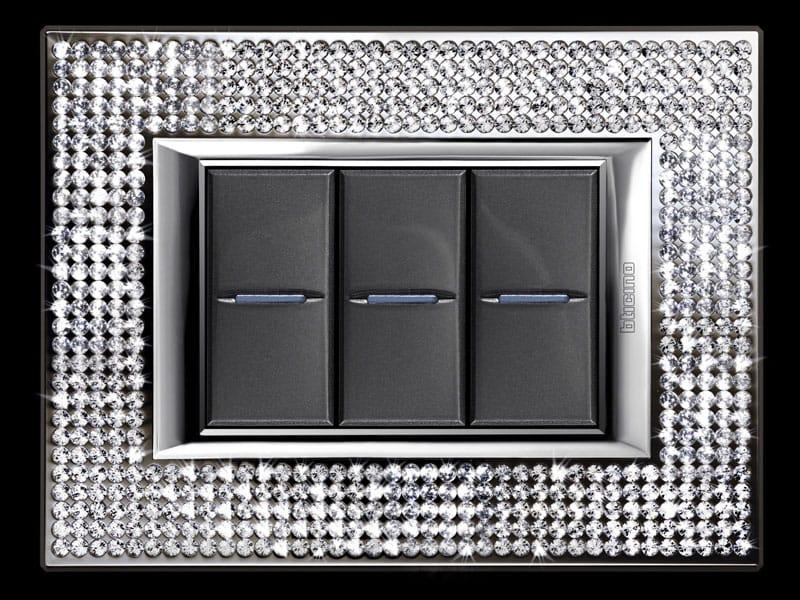 Axolute di Bticino realizzata con Swarovski Elements