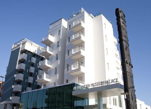 A Pesaro l'Alexander Museum Palace Hotel