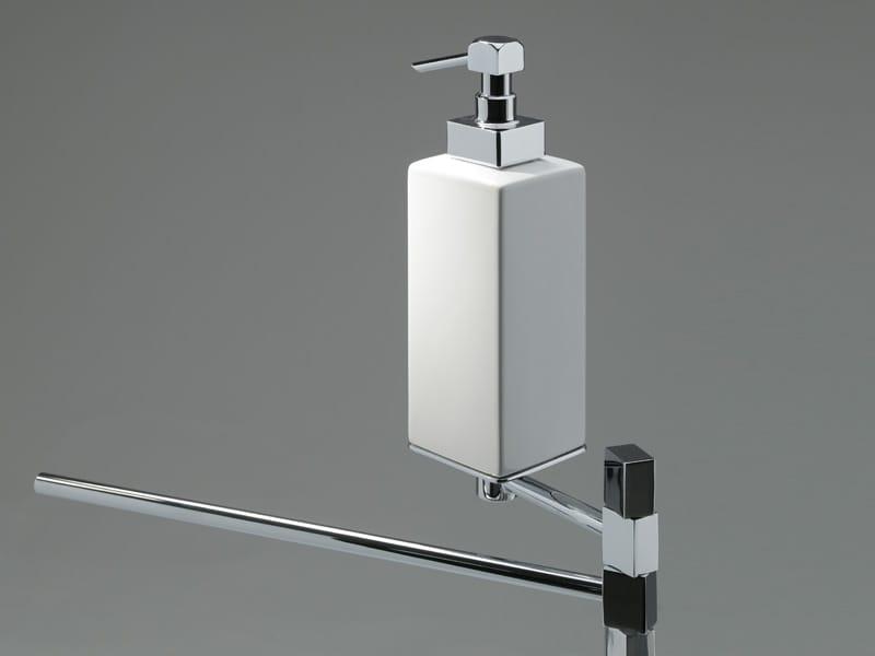 Accessori Bagno Oml Prezzi.La Collezione Di Accessori Bagno Glue Ad Incollo Di Oml