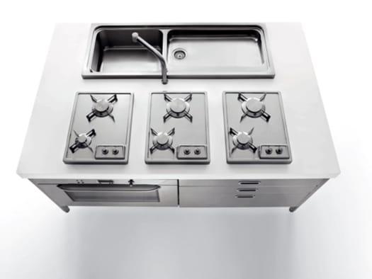 Abitare il Tempo 2010: 'Liberi in Cucina' con Alpes