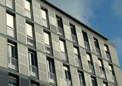 A Milano il primo intervento Isofotón su facciata residenziale