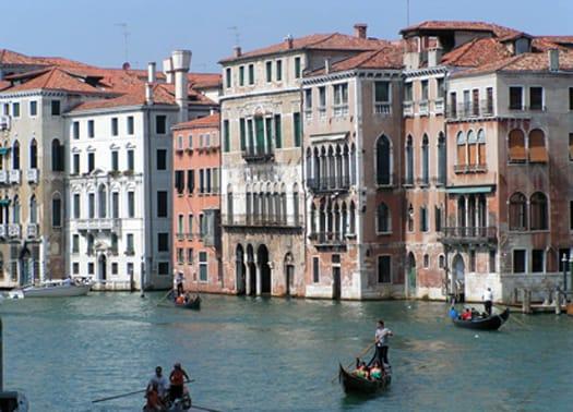 Al via due concorsi per interventi di edilizia residenziale a Venezia
