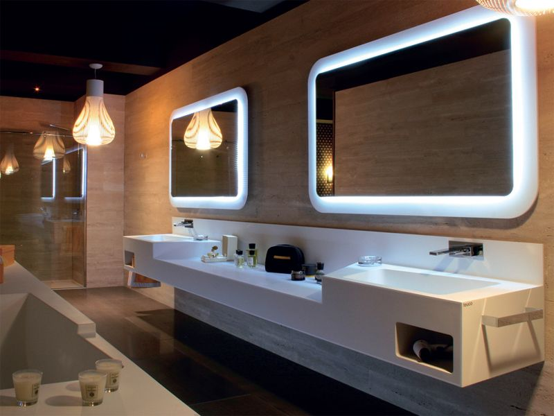 Bath solution in Duralight® by Teuco