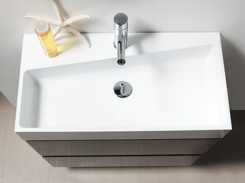 Regia presenta Niky: per un bagno trasformista e su misura
