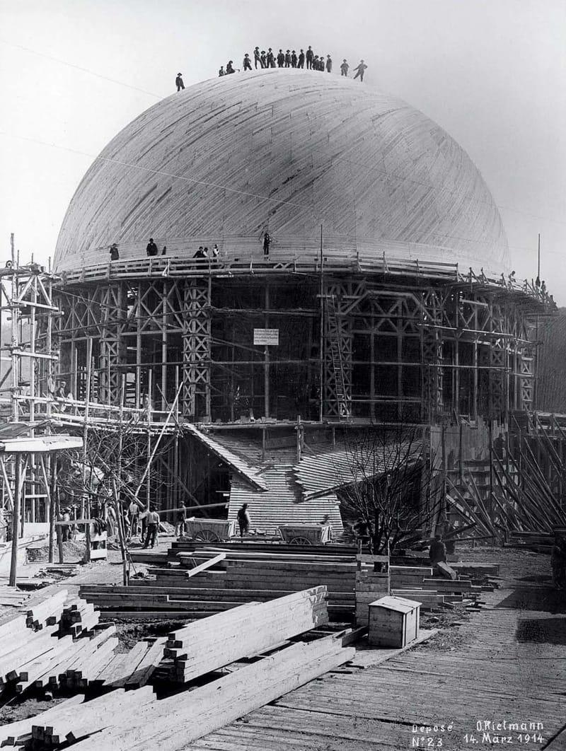 The building site for the first Goetheanum, 1914 - © Dokumentation am Goetheanum, Dornach; Photo: Otto Rietmann