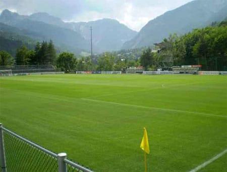 Dupont cambia veste al campo di calcio di Bardonecchia