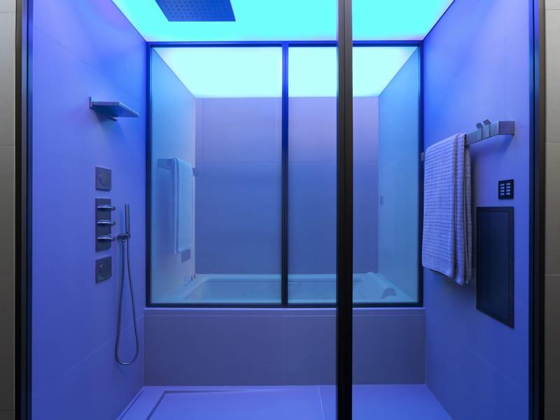 Nuovo spazio per il bagno Armani/Roca