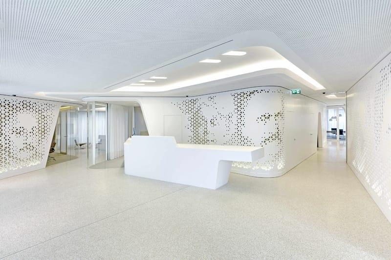 Zurigo: HI-MACS® per l'Open Lounge della Raiffeisen Bank