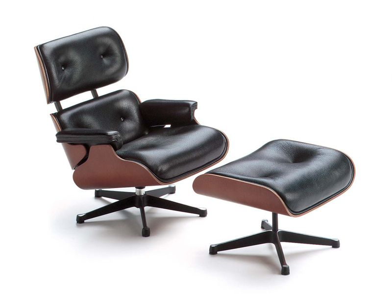 Lounge Chair and Ottoman Design Charles & Ray Eames, 1956 Vitra Miniatures Collection - Photographer: Andreas Sütterlin