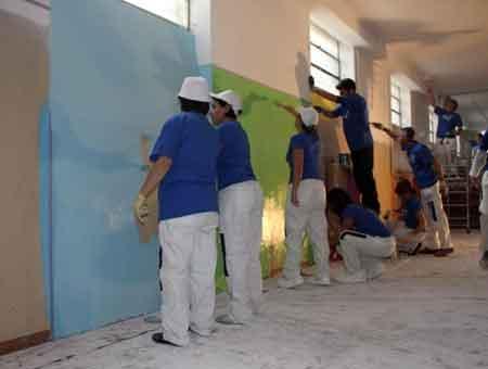 Akzonobel, più colore alla comunità per minori di Novara