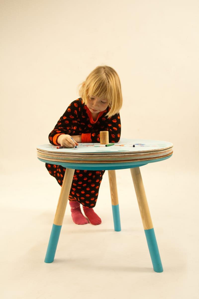 Tavolo da disegno Come & Draw design Tian Tang