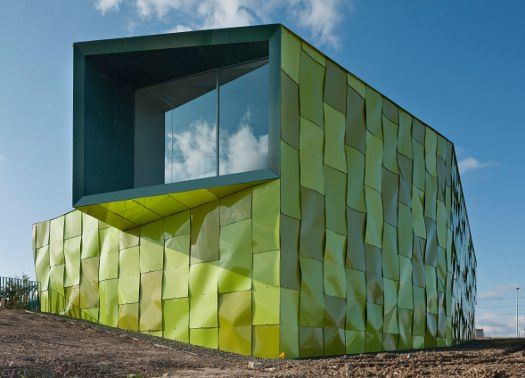 Architettura biomorfa per la centrale di Vaillo + Irigaray