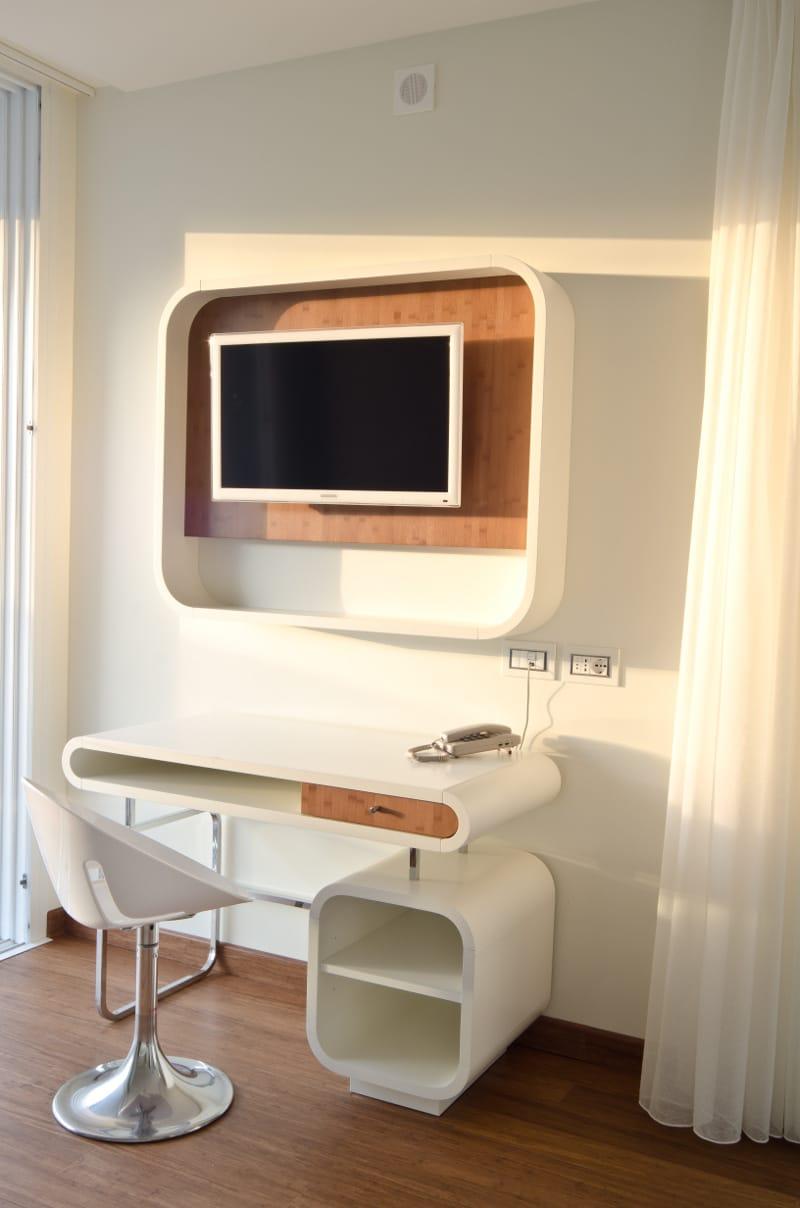 DuPont Corian® per il Trampolines Suite Hotel a Riccione