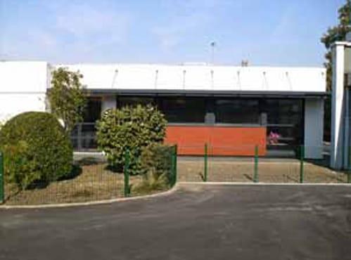 I pannelli a massa termica DuPont™ Energain® per la mensa scolastica a Vaires sur Marne