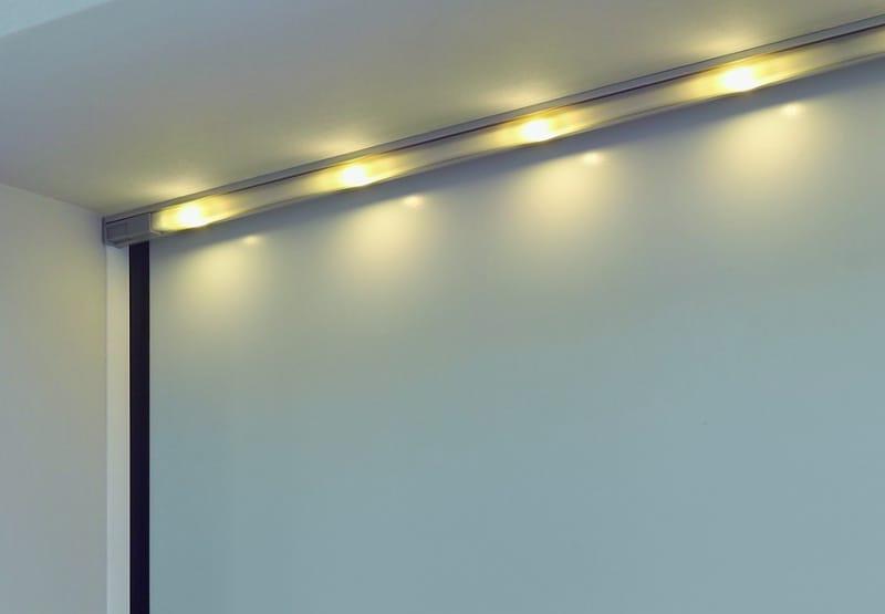 Tecnologia LED per i portoni Hörmann
