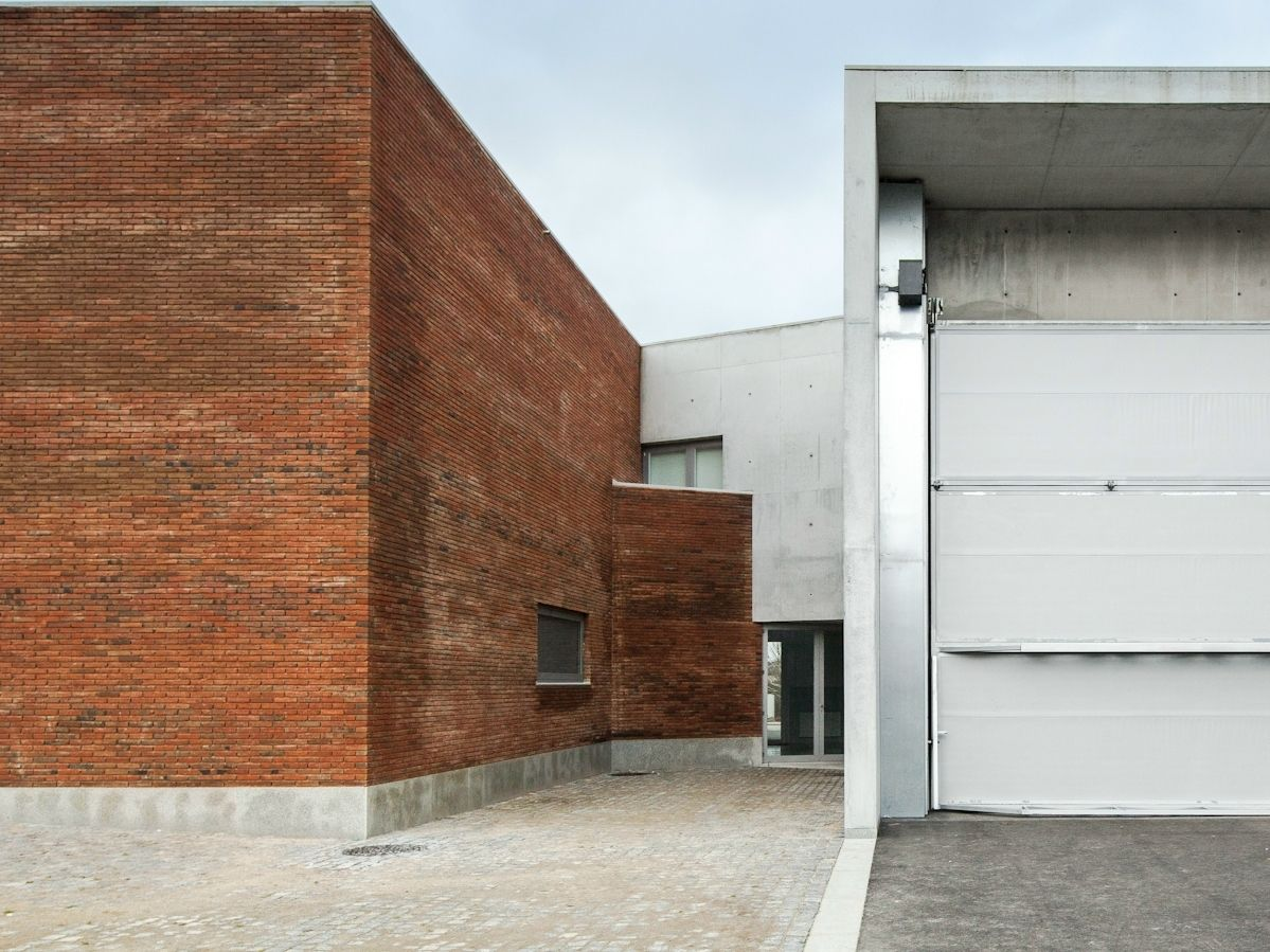 Alvaro Siza Vieira firma la nuova 'Fire station and barracks'