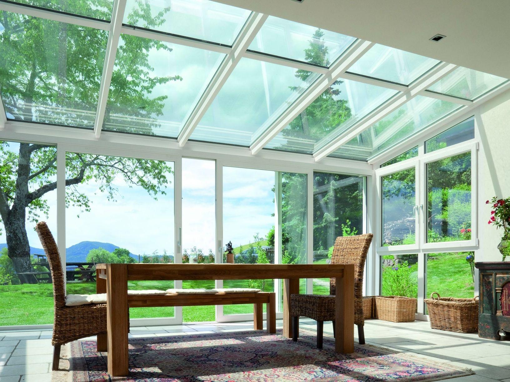 Verande e coperture vetrate proposte da Finstral
