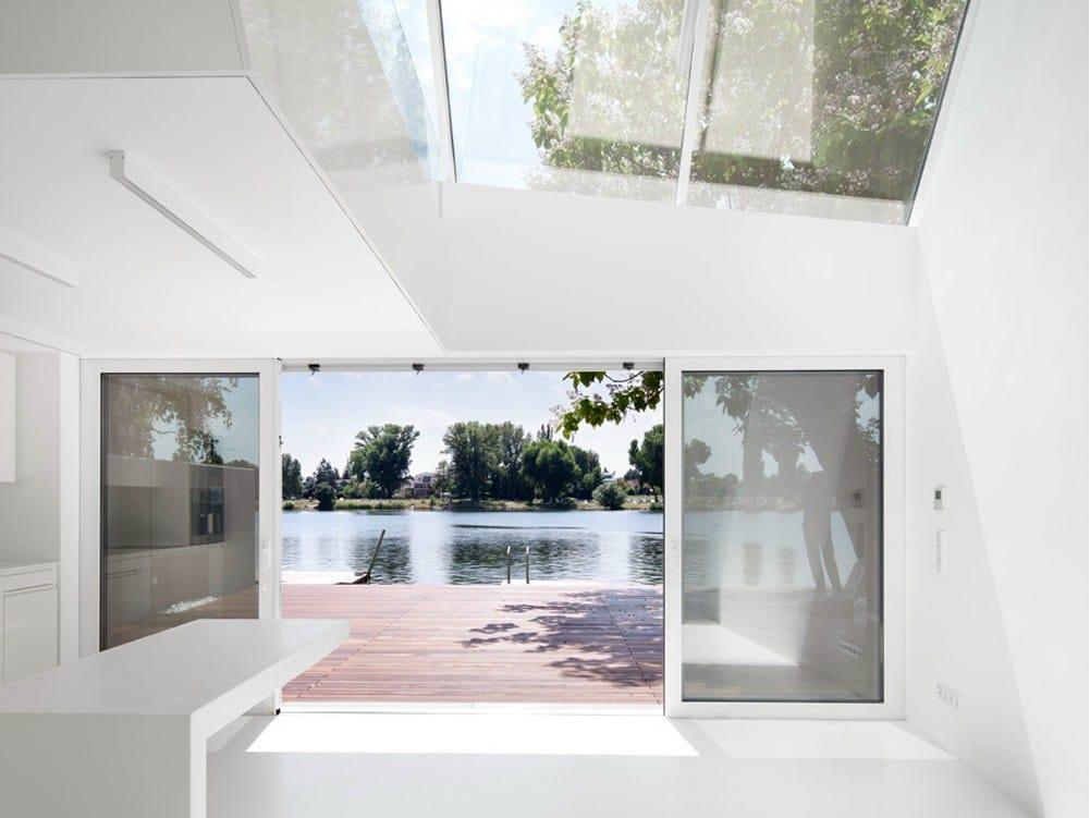 Vienna: Bathing Hut dello studio Share Architects