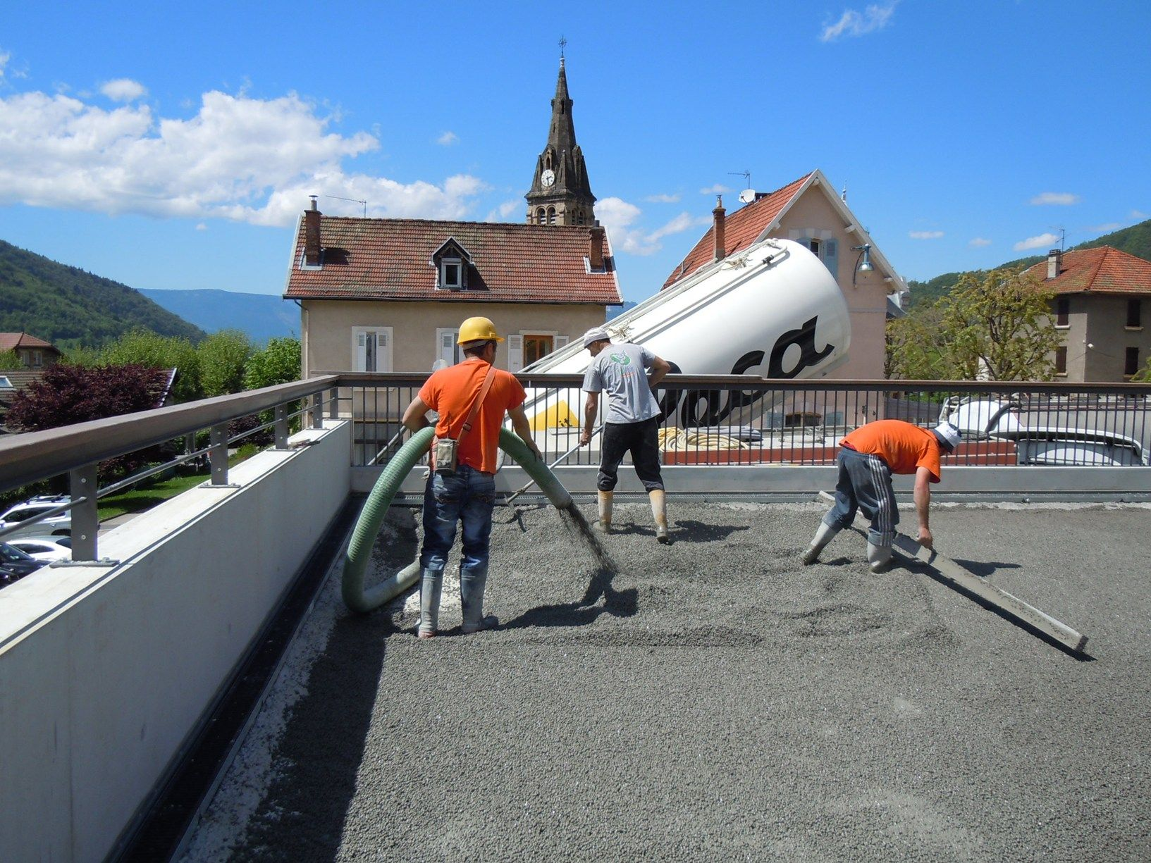 L'argilla espansa Lecapiù per una copertura carrabile in Francia