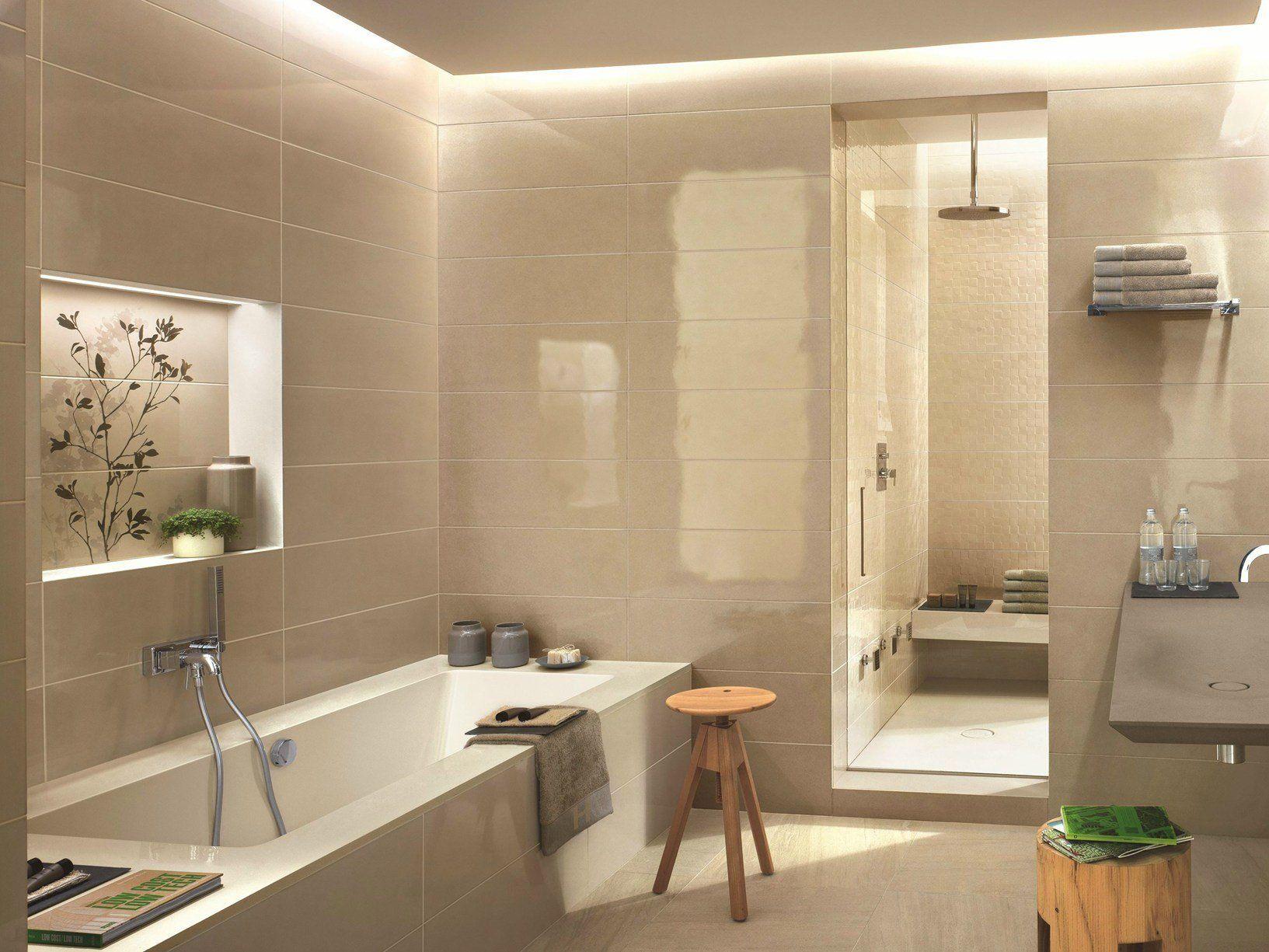 Ragno interpreta l ambiente bagno con handmade