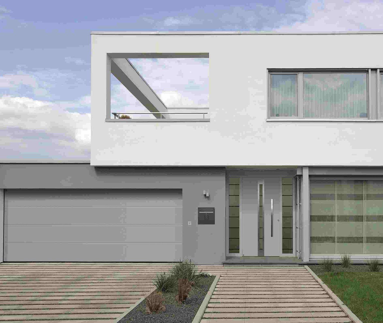 H rmann presenta la nuova porta d 39 ingresso in alluminio for Ingresso ville moderne