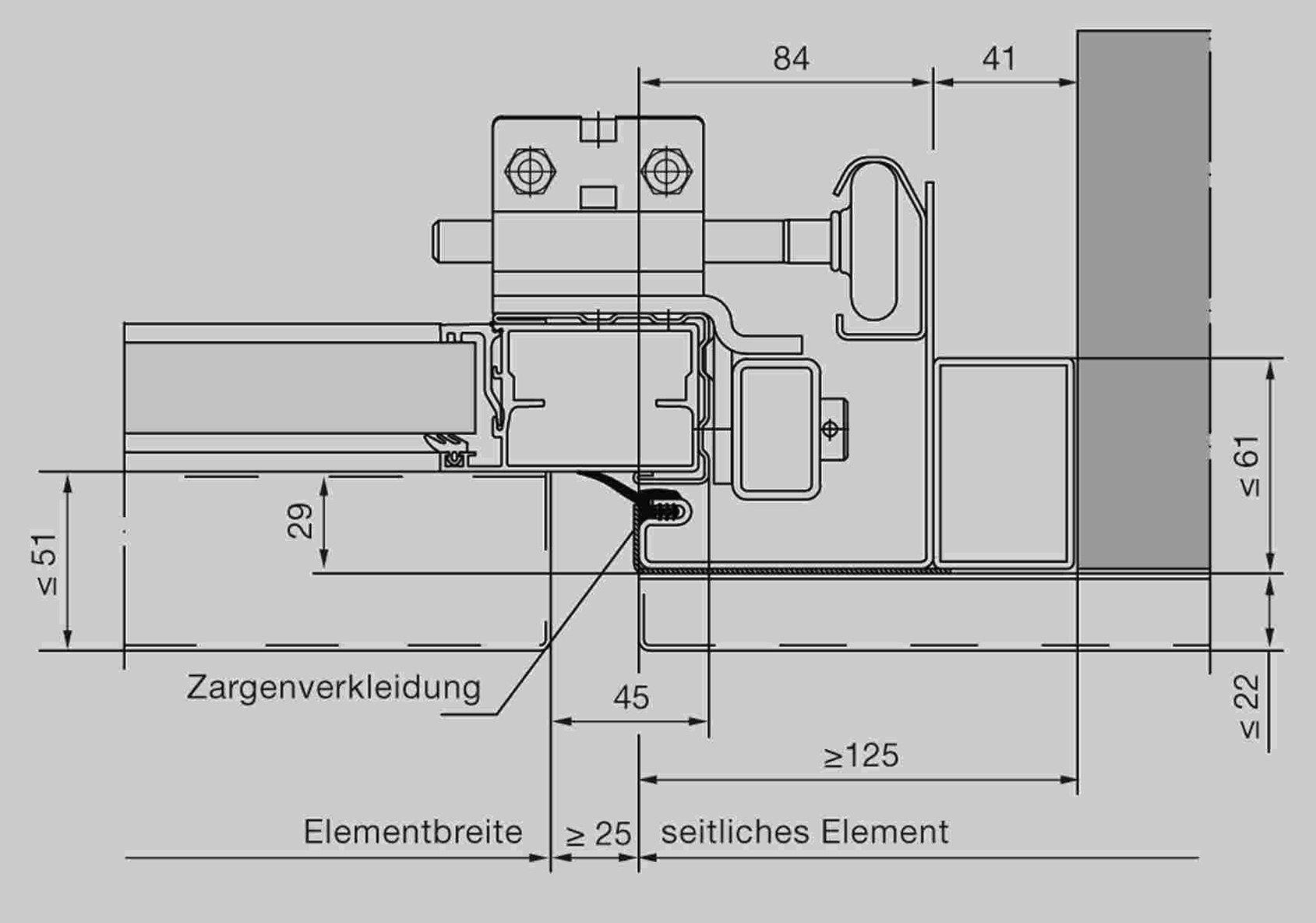 Un portone industriale Hörmann perfettamente integrato in una facciata naif
