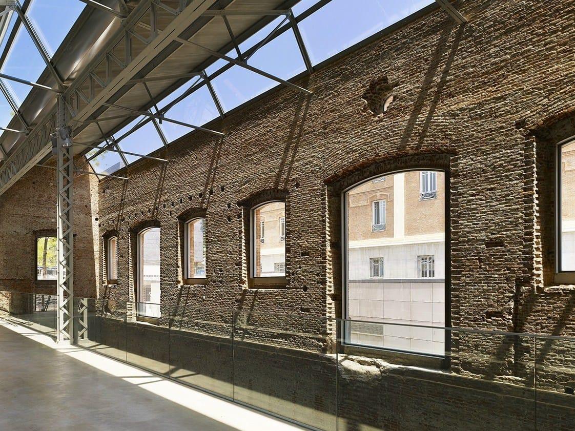 Architettura A Madrid preserve: a madrid un'ex caserma trasformata in centro culturale