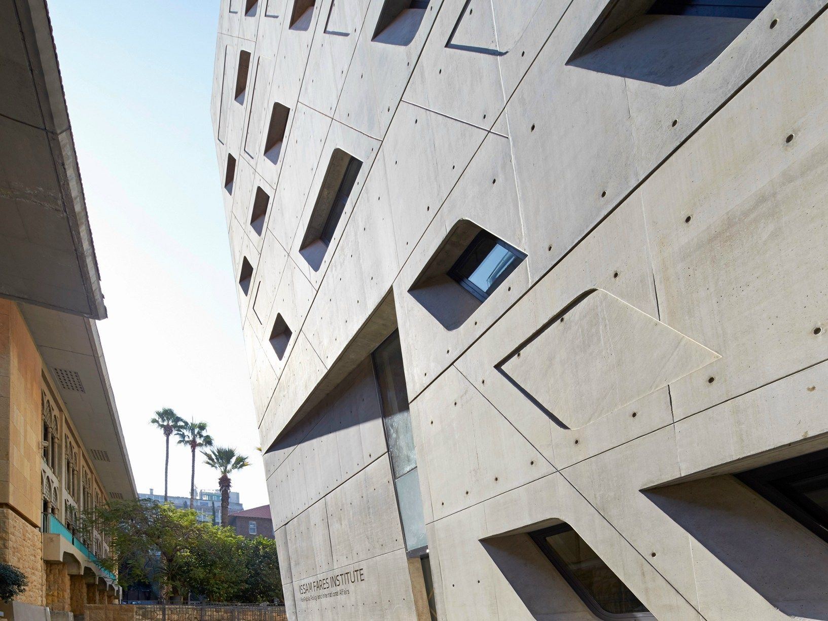Zaha Hadid completa l'Issam Fares Institute a Beirut