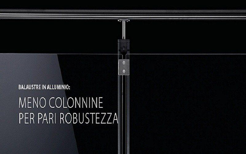 Balaustre in alluminio Q-RAILING: meno colonnine per pari robustezza