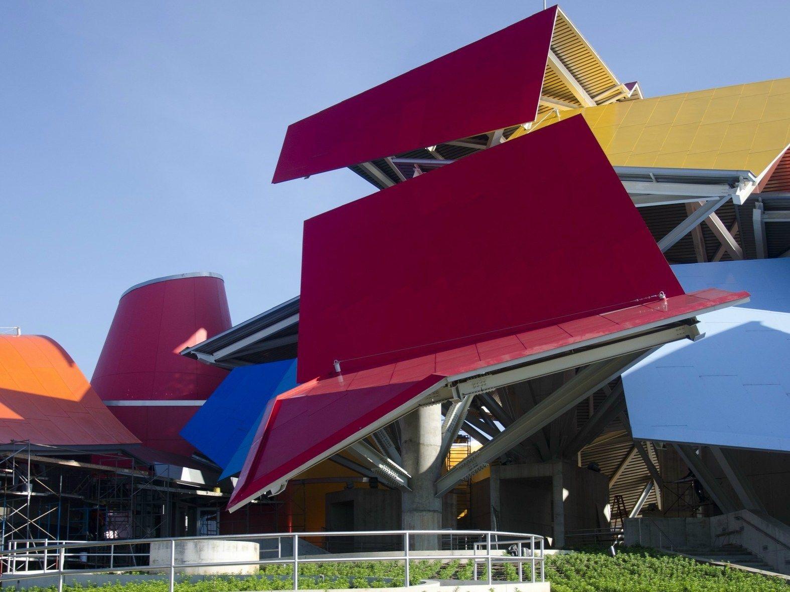 Apre a Panama il nuovo Bio Museo di Frank Gehry