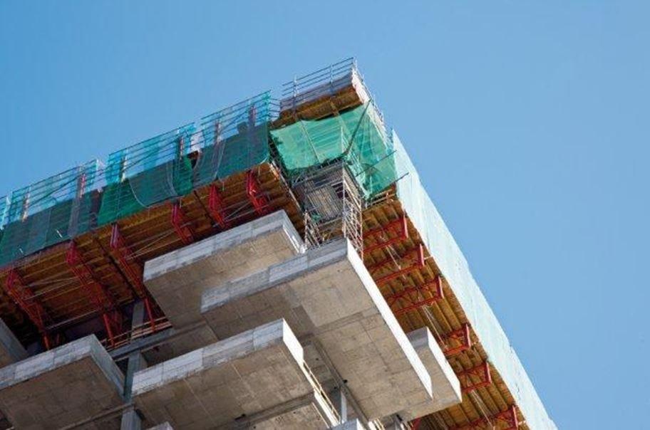 Costruito con tecnologia PERI, il Bosco Verticale vince il premio 'International Highrise Award'