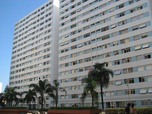 Abusi edilizi, le prove sui permessi spettano al proprietario