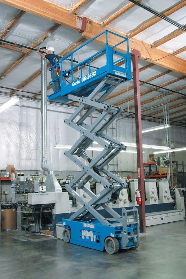 Alessi sceglie la piattaforma semovente verticale Genie GS-2632