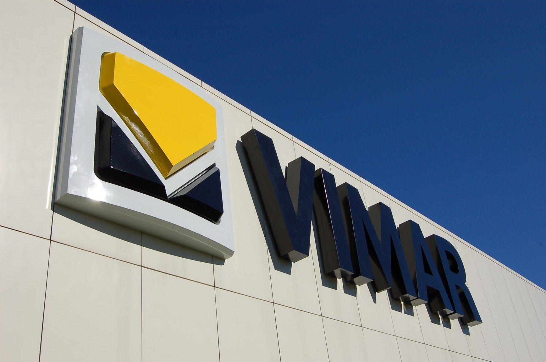 Vimar contribuisce alla nascita di Axiom, il super computer UE