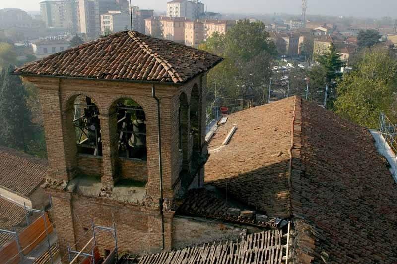 Tegolit Plus 200 di Edilfibro per il rifacimento della copertura della Basilica di Santa Maria in Campagna a Piacenza